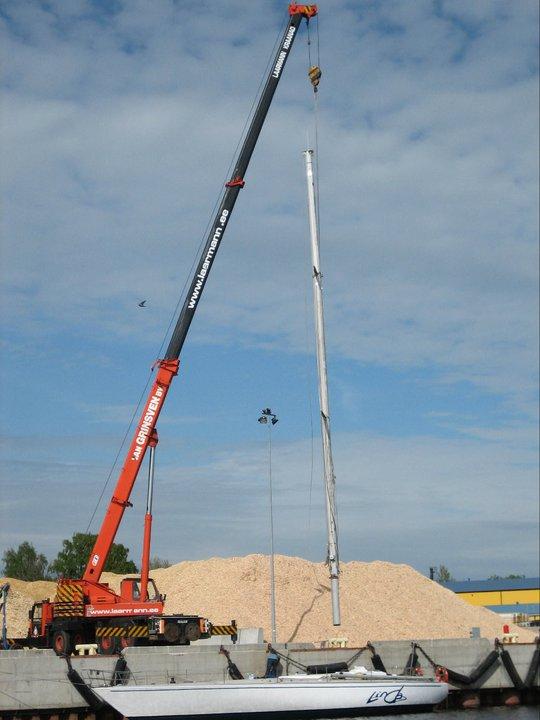 All-Terrain Crane Krupp KMK 4070